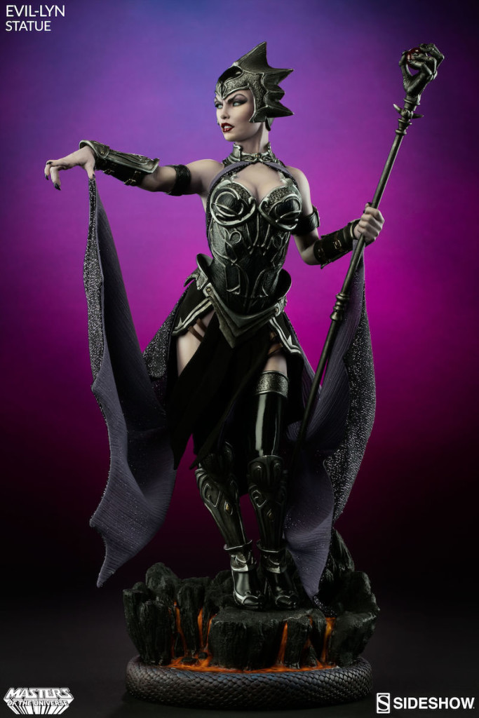 masters-of-the-universe-evil-lyn-statue-2